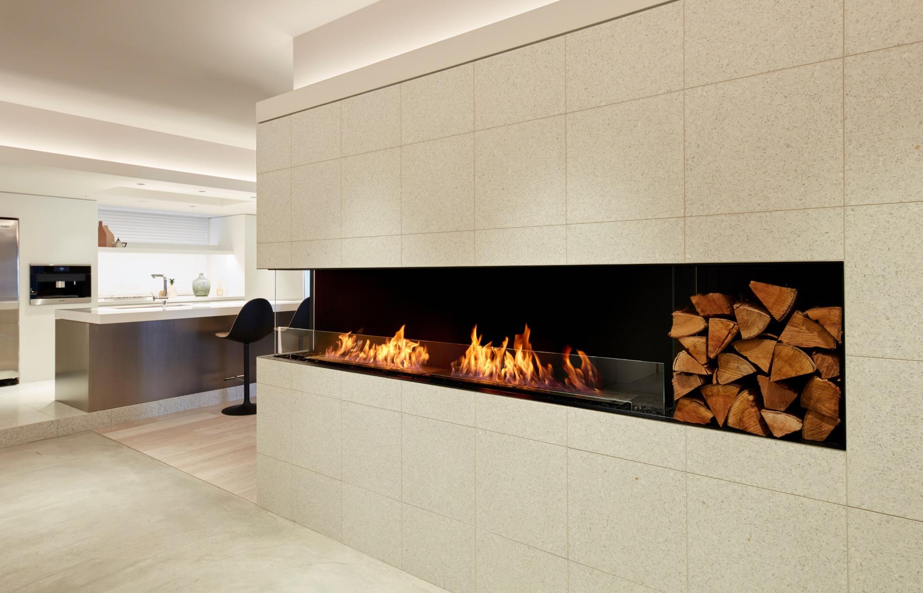 EcoSmart Fire Flex 104LC corner fireplace